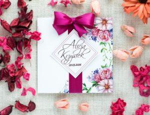 eleganckie zaproszenie w kwiaty